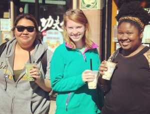 Carly, Amy and Diana getting bubble tea
